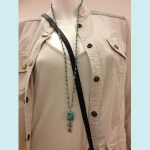 Felicia necklace with Turquoise gemstone beads